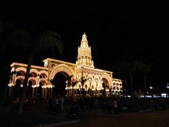 Feria by night